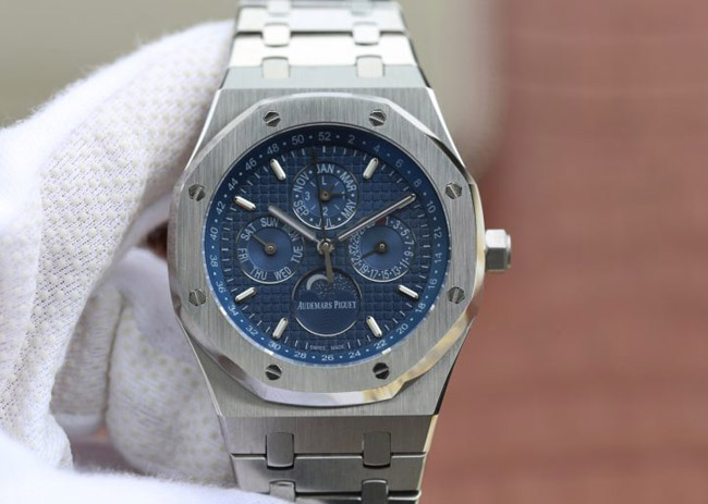 Audemars Piguet Royal Oak blue calendar