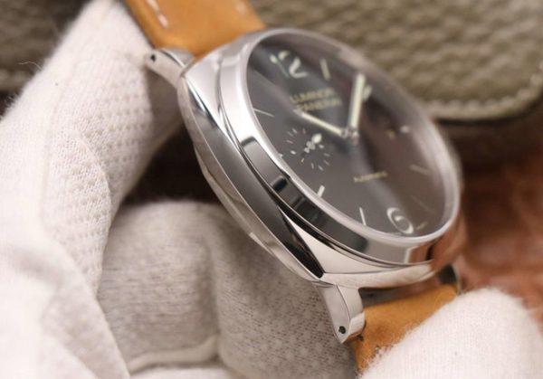 Panerai Luminor grey dial