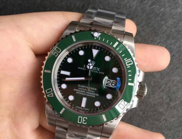 Rolex submariner green hulk replica