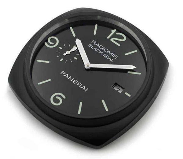 Panerai Radiomir black seal display clock D2
