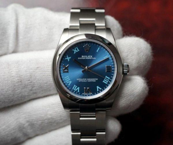 Rolex oyster blue 31mm